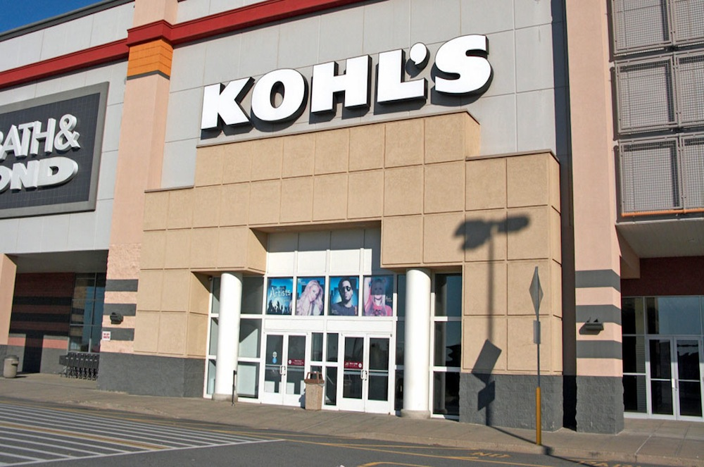 Kohl's Stock Drops On Guidance, More Weakness To Come