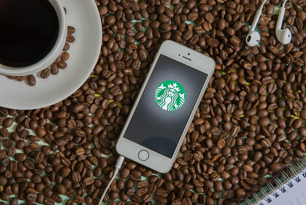 717328e911ce iMessage Users Can Now Send Starbucks Gifts