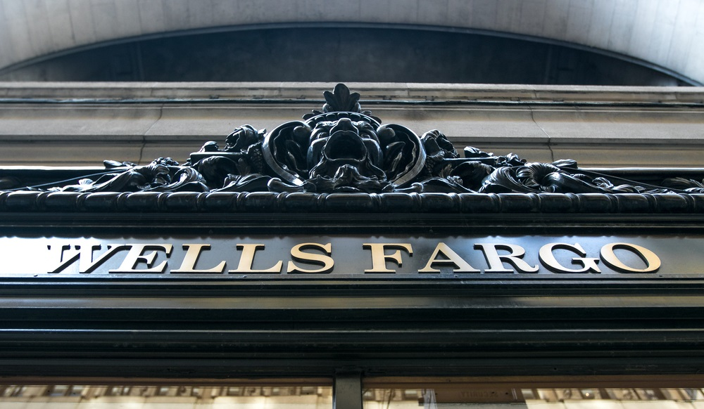 Wells Fargo back in front of Congress
