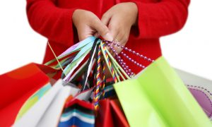 Physical Stores Dominate During Holiday Shopping