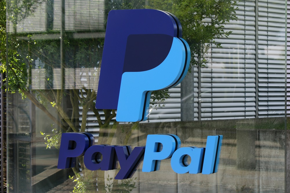 Micro-investing app Acorns lands PayPal integration