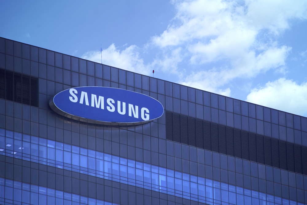 Samsung second largest smartphone brand in United Kingdom, slightly behind Apple: Counterpoint