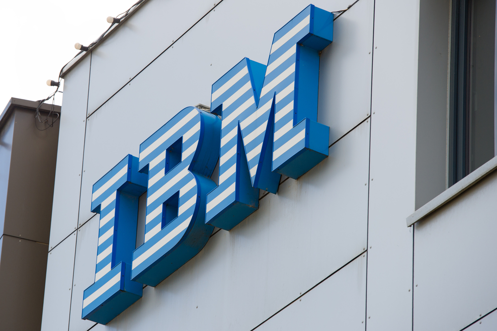 International Business Machines Corporation (IBM) Has Bearish Head & Shoulders Trading At $154.25