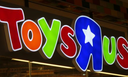 Toys R Us Sign