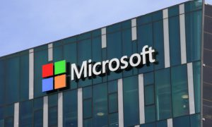 Microsoft Links With Gap for Core Computing