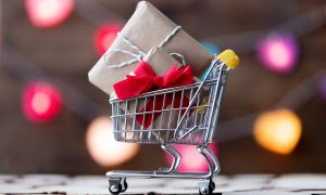 Top 10 Shopping Apps Strong on Black Friday