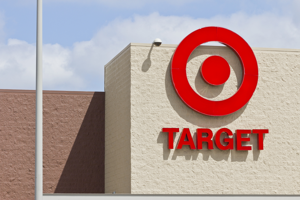 Target Announces Q3 Earnings, Holiday Forecast