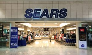 ESL Seeks to Purchase 500 Sears Stores