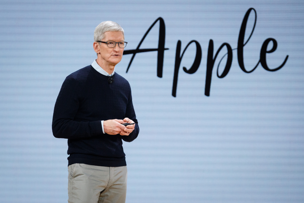 Tim Cook Blames Apple Q1 on US-China Trade War