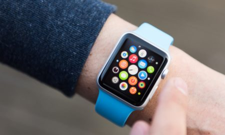 Insurers Mull Bringing Apple Watches to Seniors