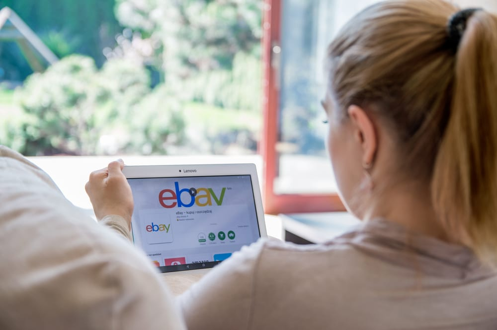 eBay's Lukewarm Growth Concerns Investors