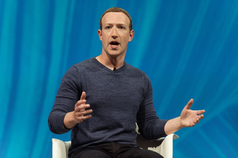 Zuckerberg Considering Blockchain For Facebook