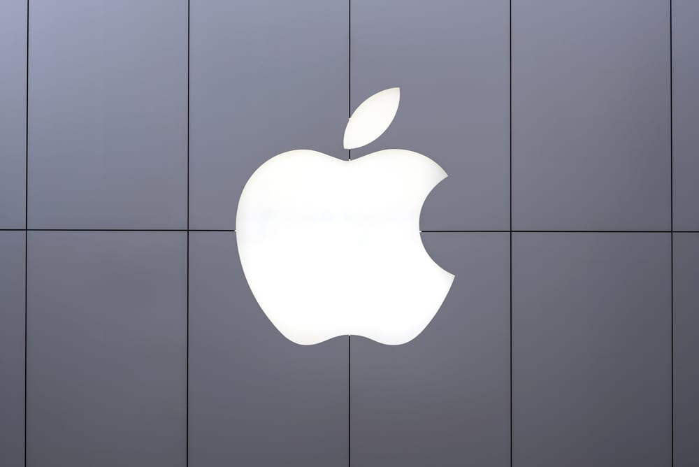 Criminals Find Vulnerabilities In iPhone Scam