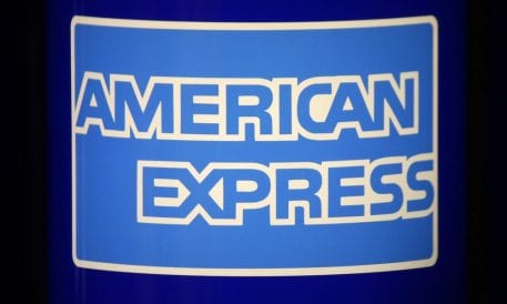 American Express Q1 Cardholder Spending, Loans Up Despite Govt Shutdown