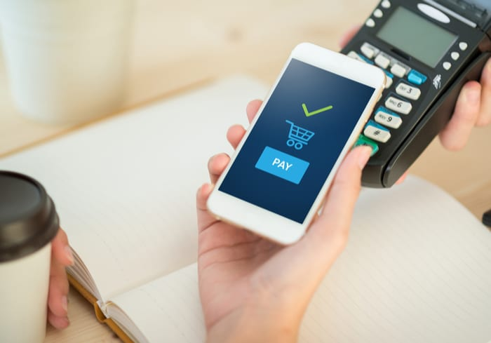 Retailers Gear Up For Contactless mPOS Payments