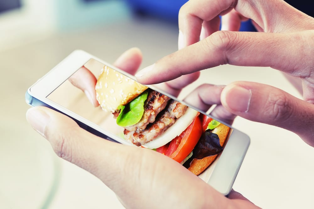 QSR Managers Satisfied With Mobile Order-Ahead