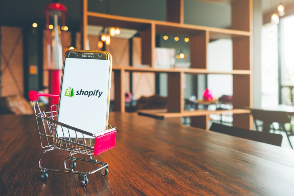 Shopify Ping Adds Apple Business Chat Support
