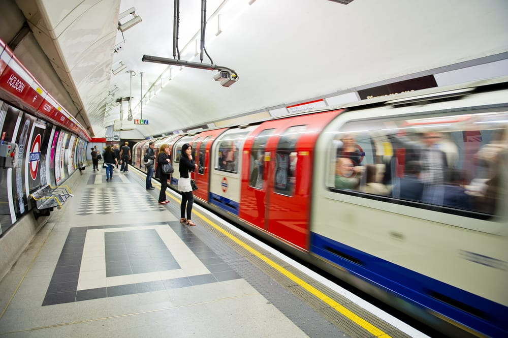 TfL Says It Will Track Riders On London Subways With WiFi