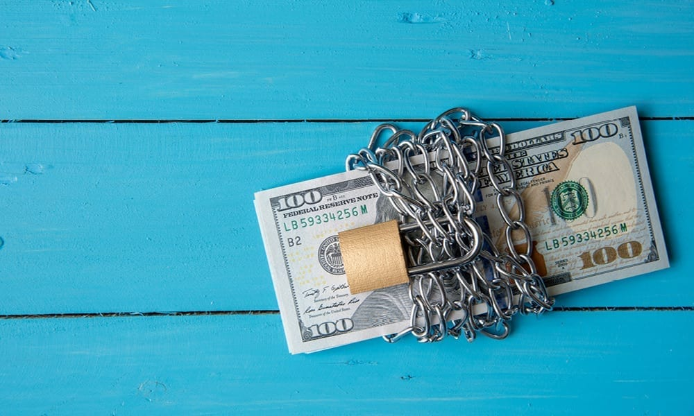 cash chained locked