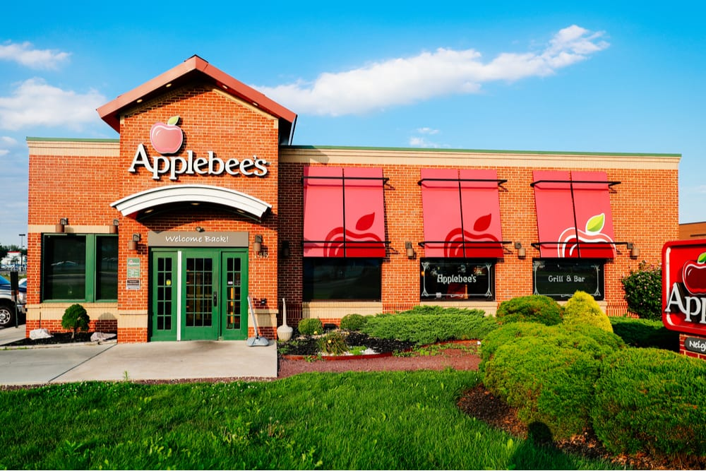 Applebee's and DoorDash Team Up For National Delivery