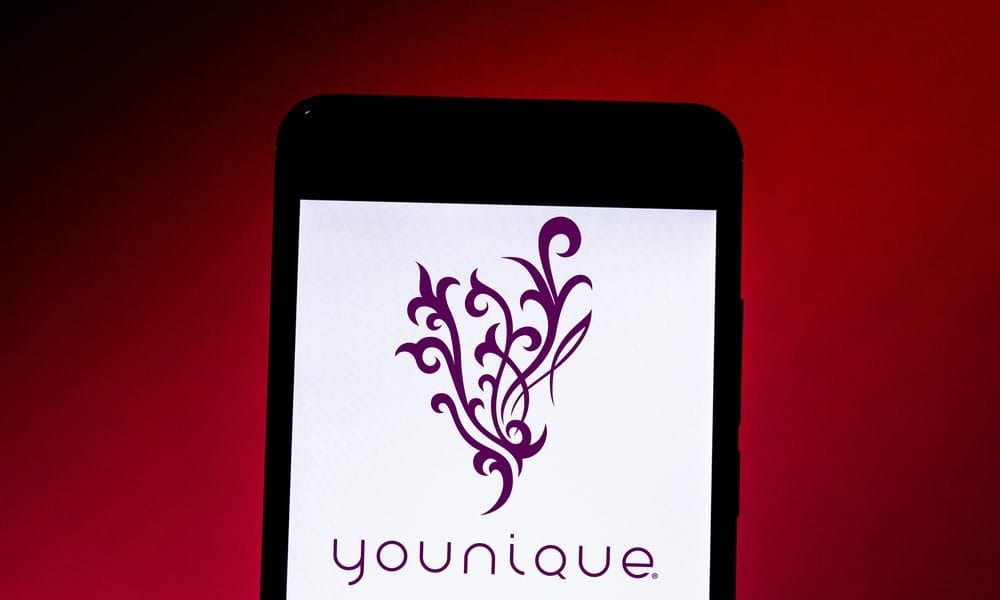 Younique Launches Virtual Makeup App