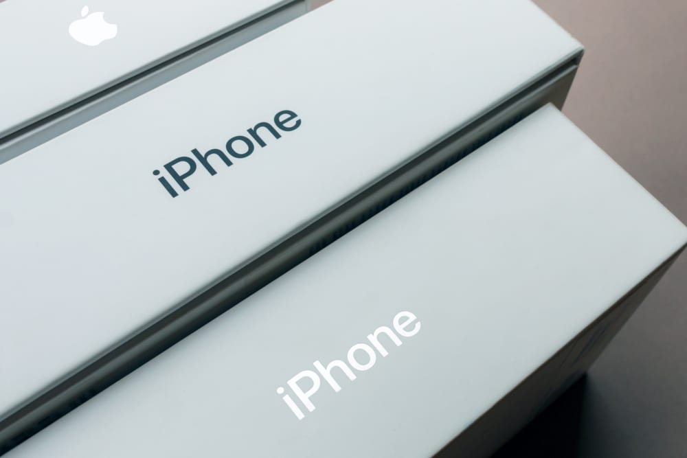 Analyst Boosts iPhone 11 Shipment Forecast
