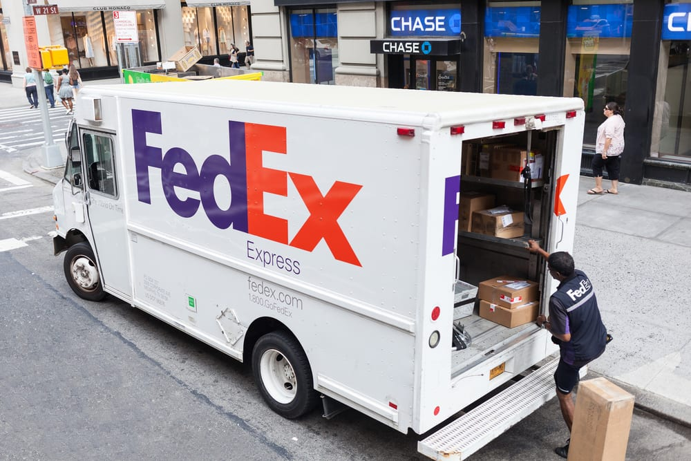 FedEx Teams Up With Walgreens For Returns