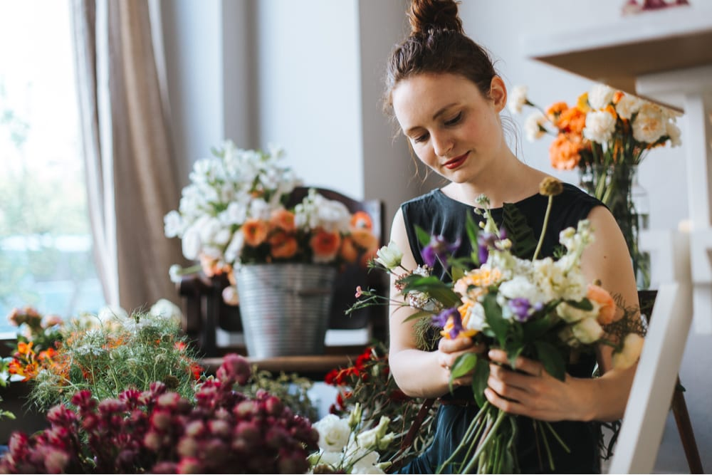 Florists' Association Teams With First American