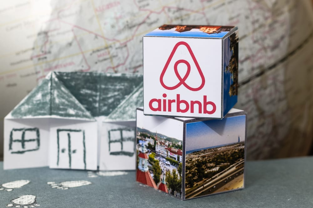 Airbnb Could Forego IPO For Direct Listing