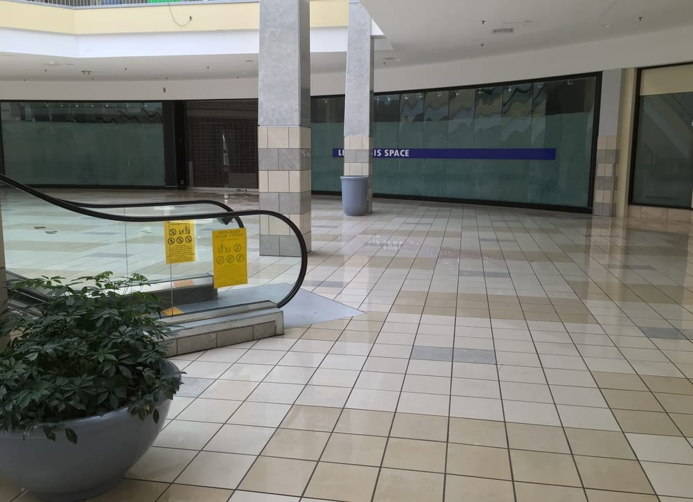 Mall Vacancies At Highest Level In Eight Years