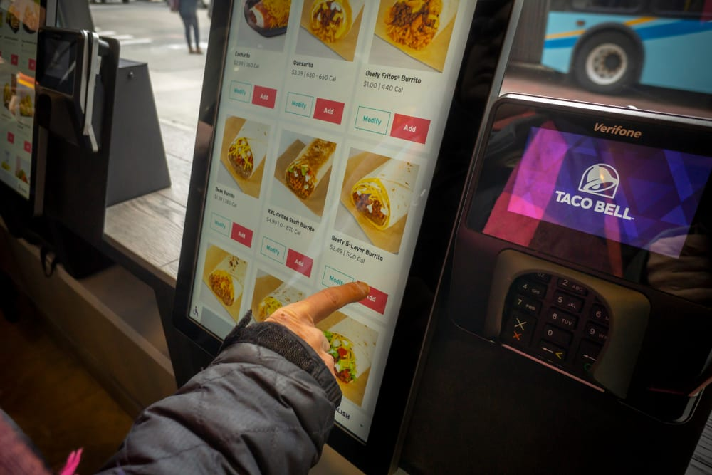 How QSRs Personalize Ordering With Kiosks