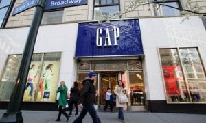 Facing Falling Sales, Gap CEO Exits Company