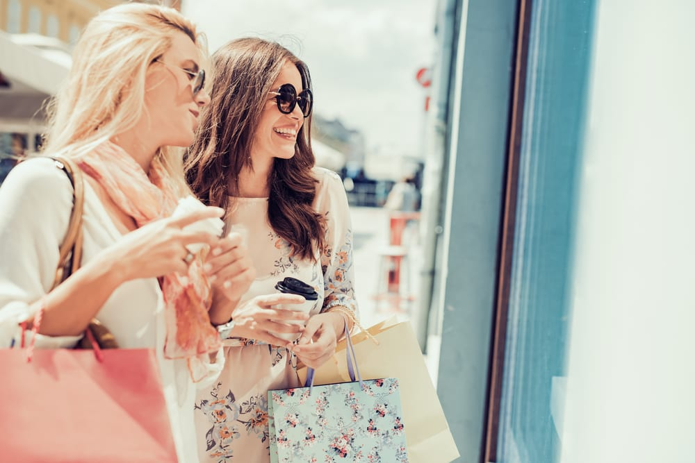 Luxury Retail Steps Up Its Offline And Online Game
