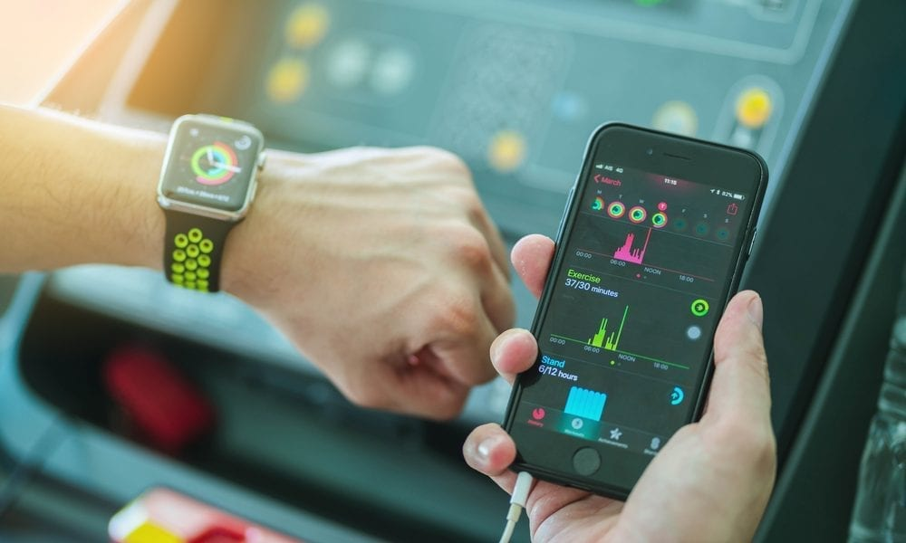 smartwatch fitness monitoring