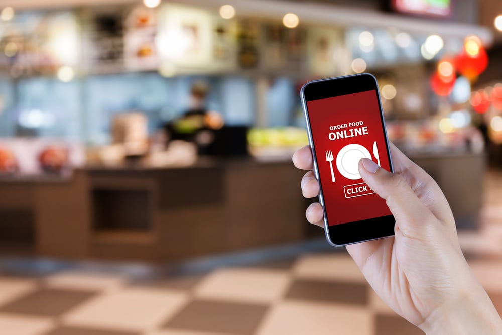 Restaurants Tap Into Mobile Ordering Innovations
