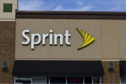 Sprint Benefits From Cheaper Subscriptions