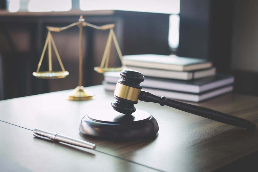 Strategizing Legal Departments' Invoice Payments