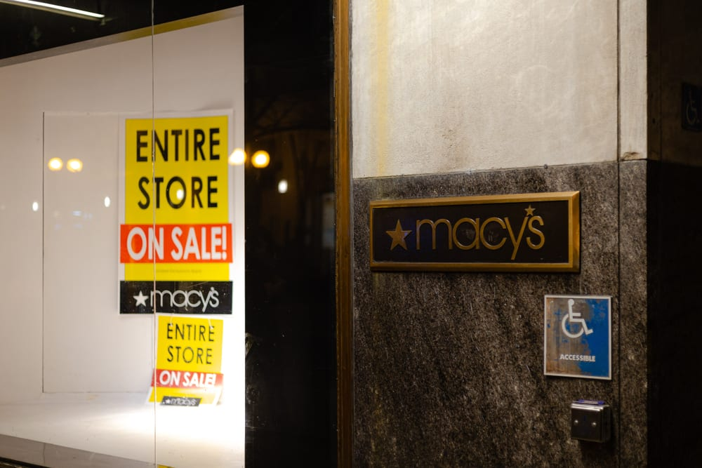 Macy's Woes Add To Tough Week For Malls