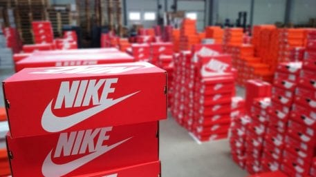 A rayas En detalle Doctrina  Nike Teams With Geek+ For Robotic Same-Day Delivery In Japan | FinTech  Insight