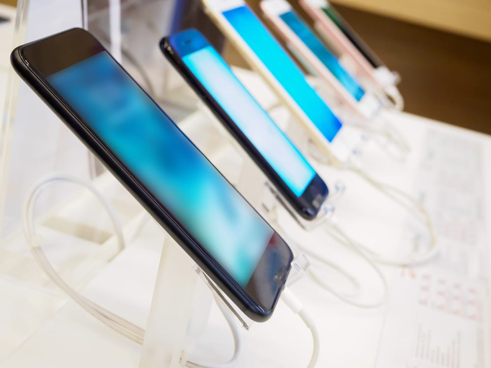 Smartphone Sales See Biggest Drop Ever In Feb.