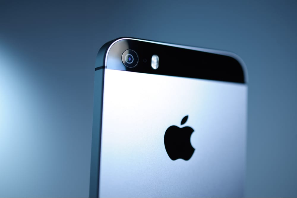 iPhone Sales Projected To Fall 36 Pct YOY