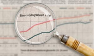 US Loses 701K Jobs; Unemployment Reaches 4.4 Pct