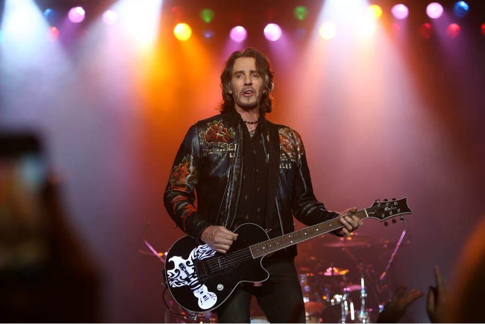 Rick Springfield Trip To Offer Refunds