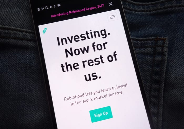 Robinhood Says Issue Resolved Despite Complaints