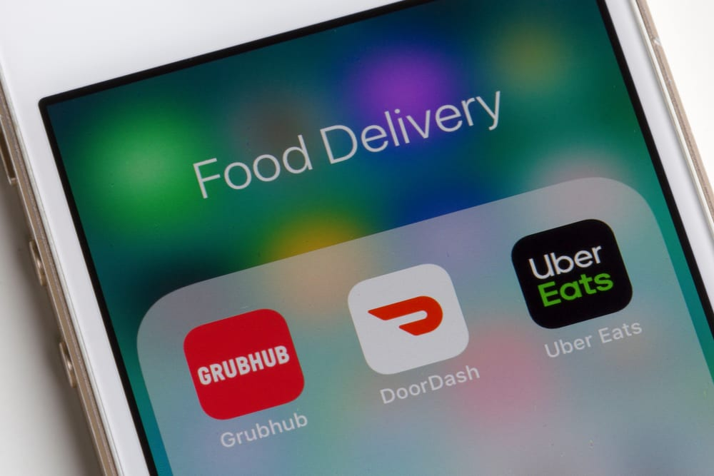 Food delivery apps on phone