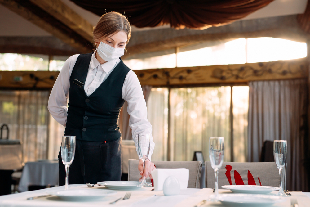restaurant waitress with face mask