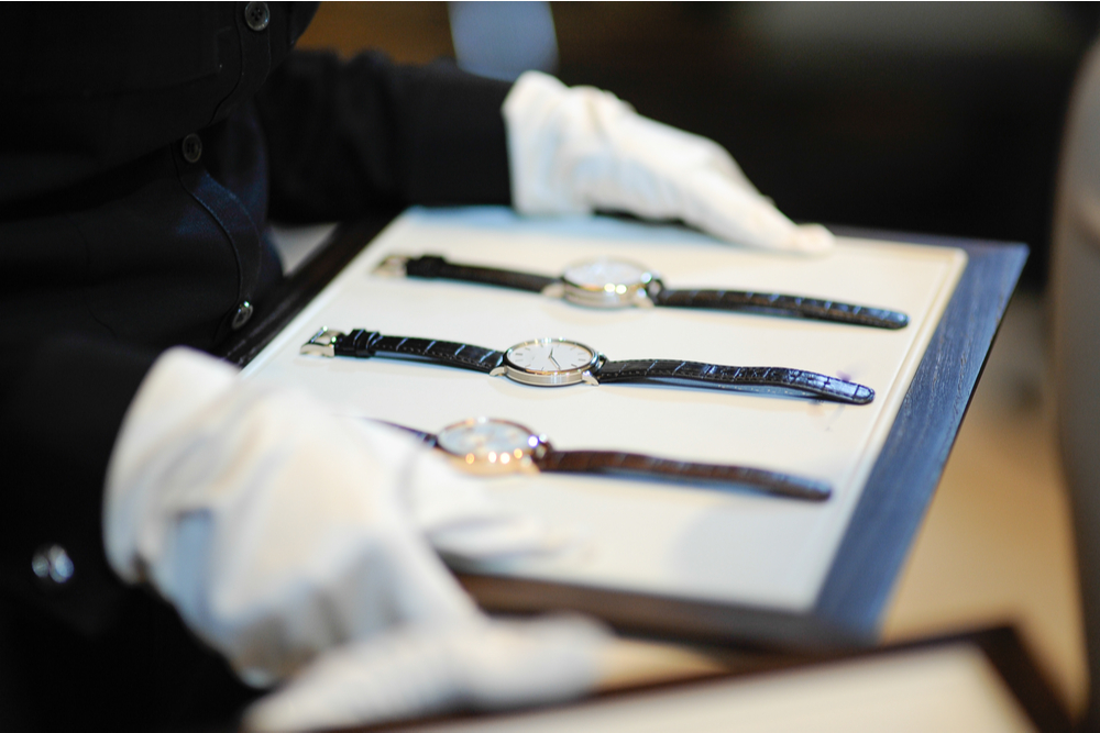 Data: Luxury Goods Sales May Drop 35 Pct In 2020