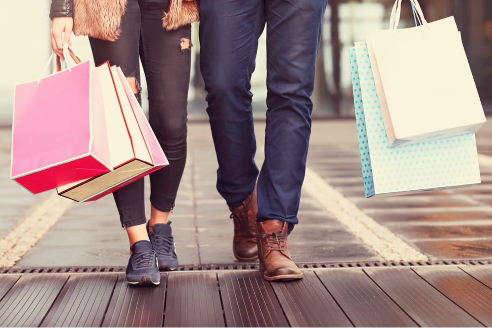 Retail Foot Traffic Up, Time In Store Down