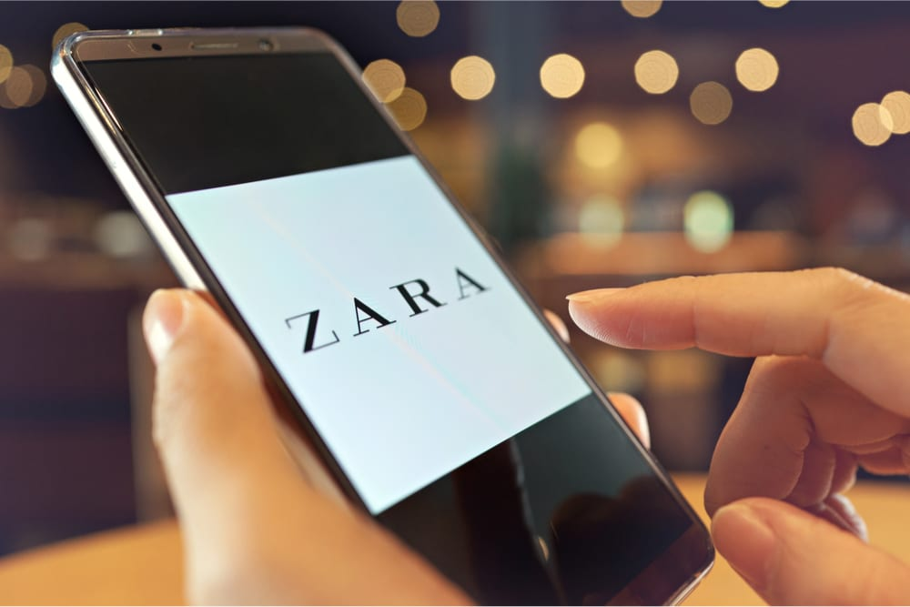 Zara on smartphone