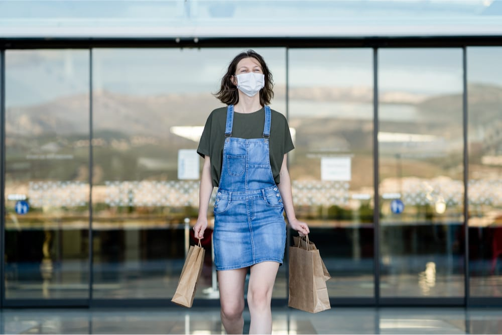 shopper in face mask